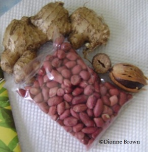 Jamaican ginger, peanut with skin and nutmeg with mace.